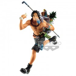 Figurka One Piece Three...